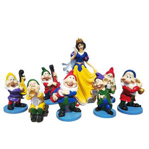 snow white and the seven dwarfs statues